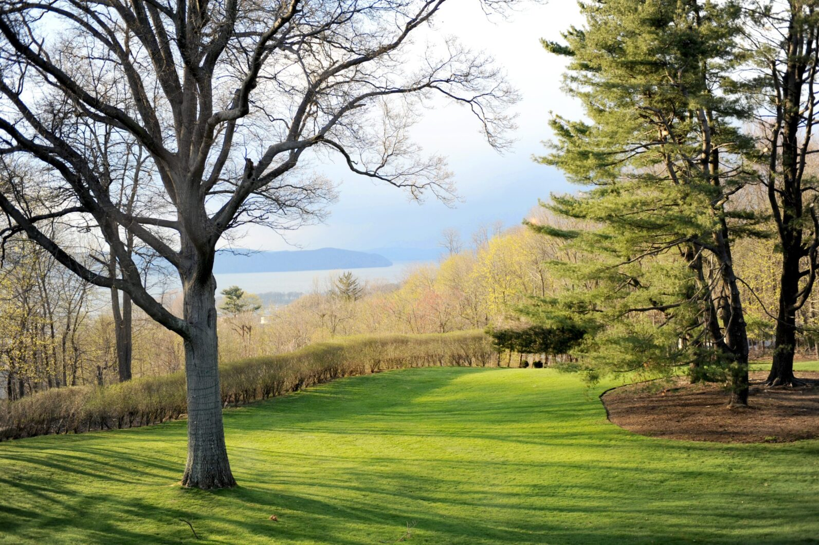 Outdoor space overlooking the Hudson Valley at Tappan Hill Mansion in Tarrytown, NY.