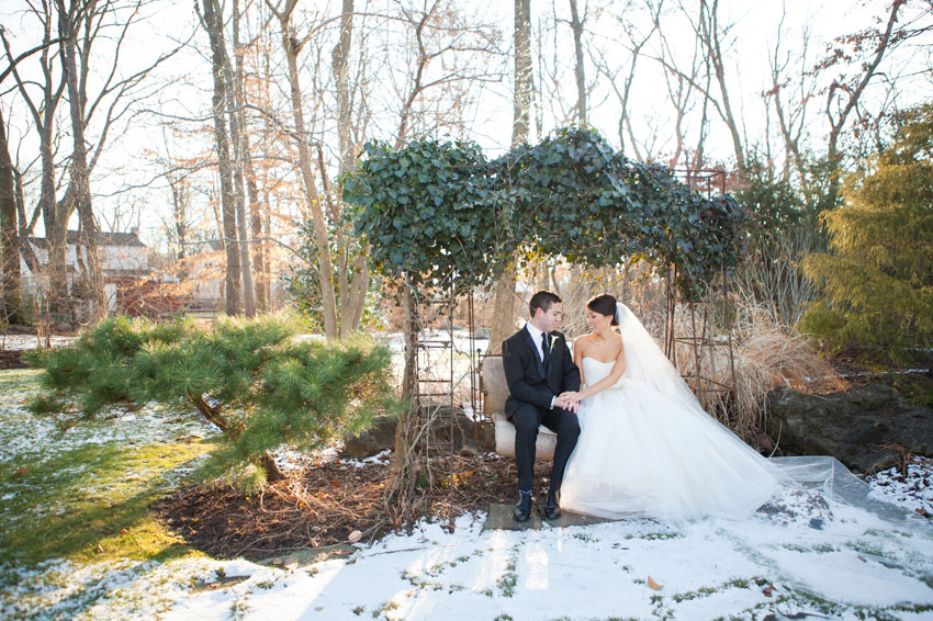 160-mikkelpaige-new_jersey_crystal_plaza_winter_wedding