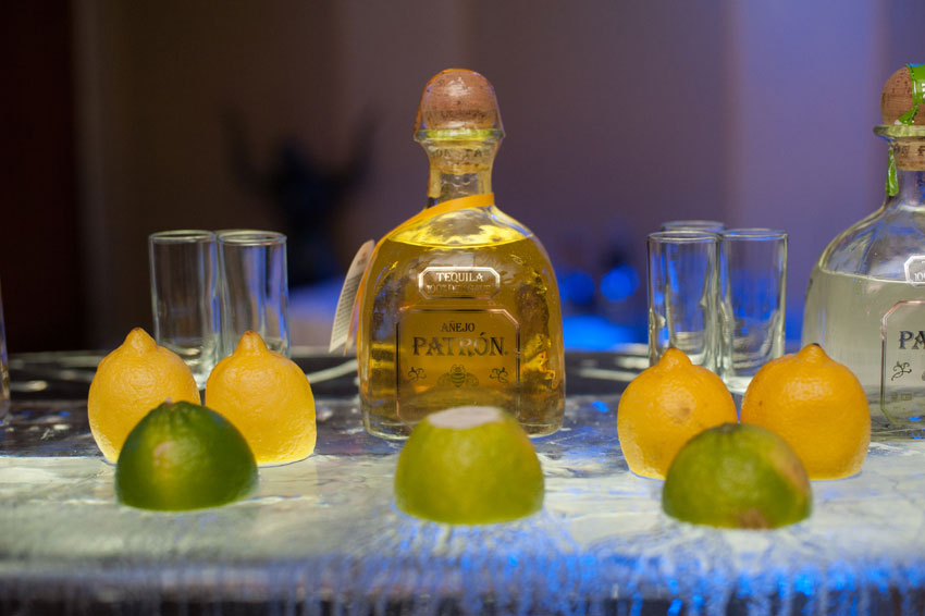 220-mikkelpaige-new_jersey_crystal_plaza_winter_wedding-tequila_bar