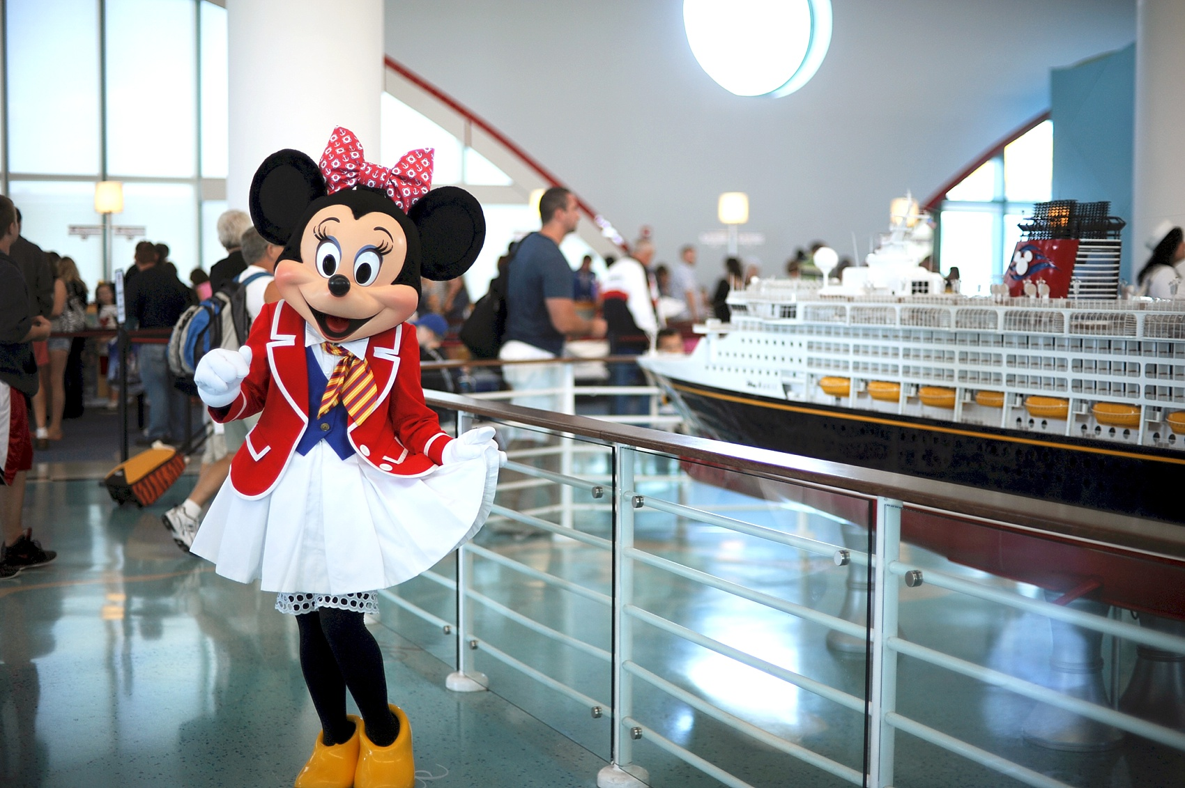 Disney Cruise Line Wedding Photos, images by Disney Photographer, Mikkel Paige Photography.