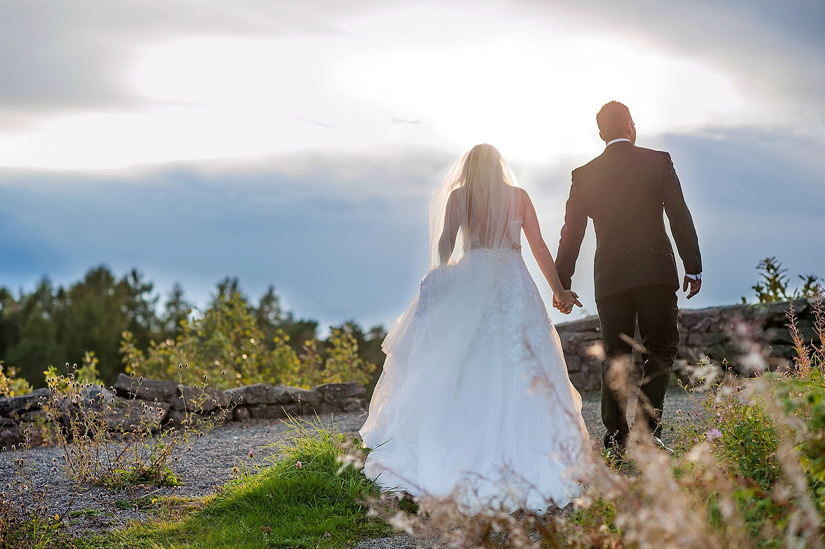 Wedding photos in Alvoen and Bergen, Norway. Destination photographer Mikkel Paige Photography.