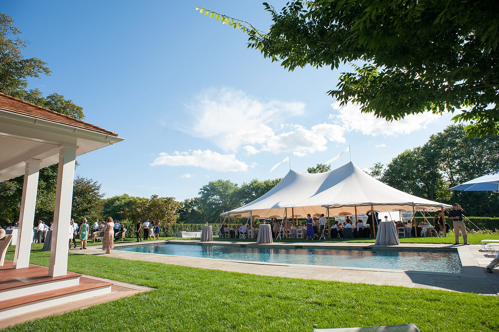 Same Hamptons Wedding Tented On Gr Lawn Photos By Nyc Photographer