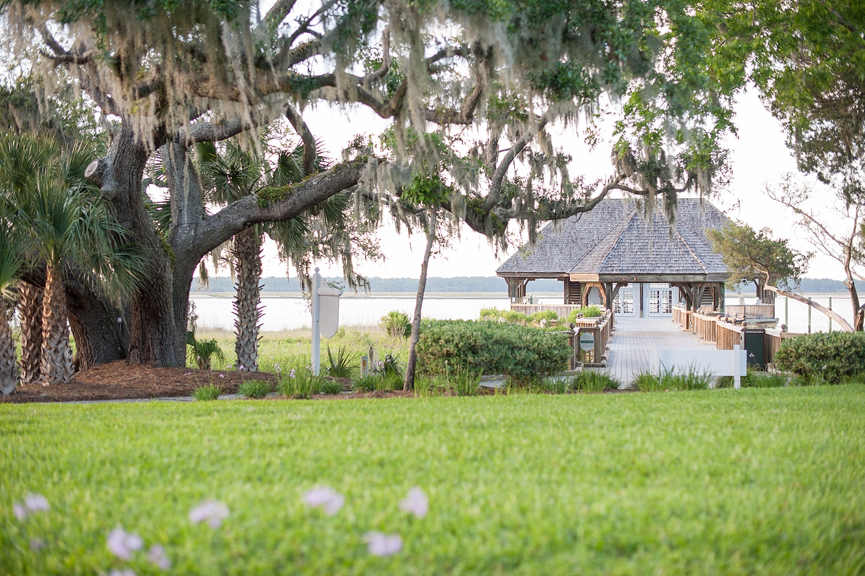Wedding at Haig Point in South Carolina, off the coast of Hilton Head. Photos by Mikkel Paige Photography.