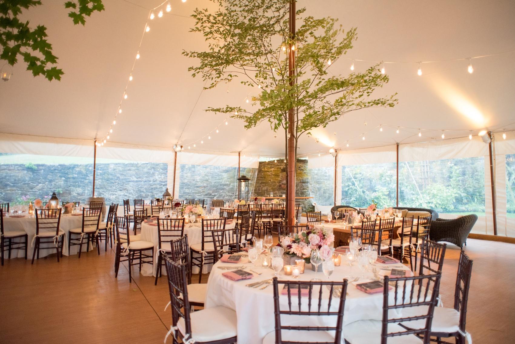 red maple vineyard wedding photos � erinn brett