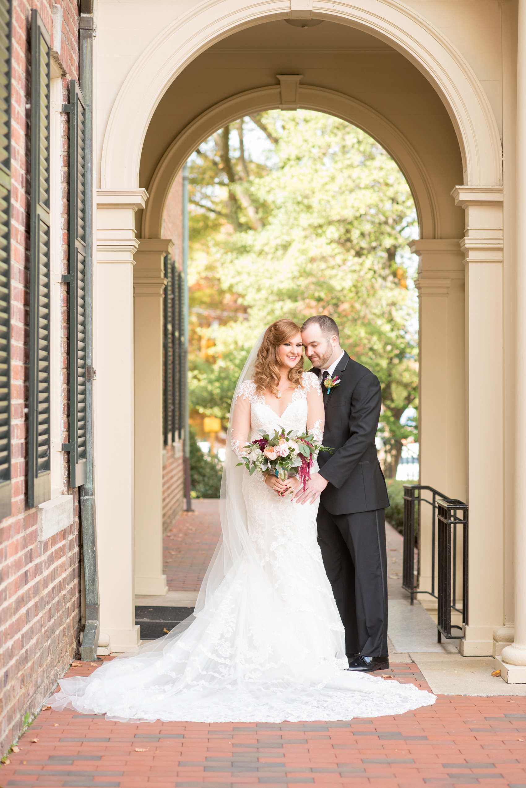 The Carolina Inn wedding photos by Mikkel Paige Photography, Raleigh wedding photographer. Planning by A Swanky Affair and flowers by Tre Bella for a vintage bride look.