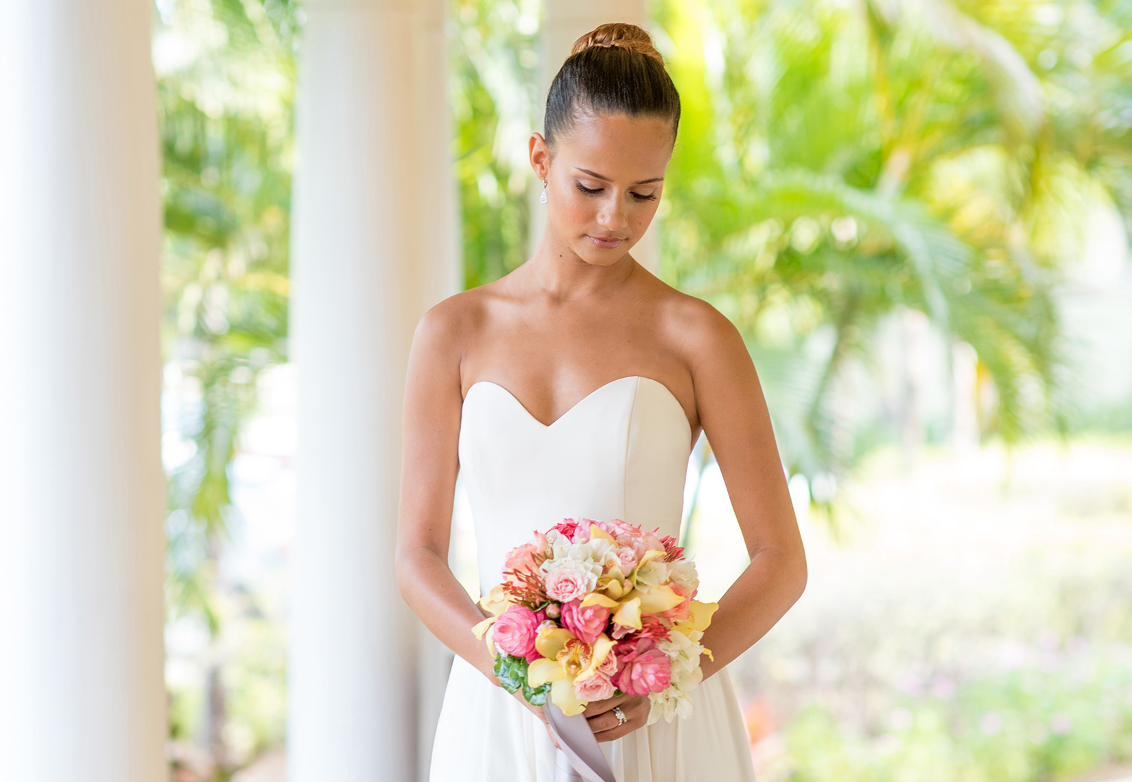 Mikkel Paige Photography photos of a bride in St. Lucia at The Landings.