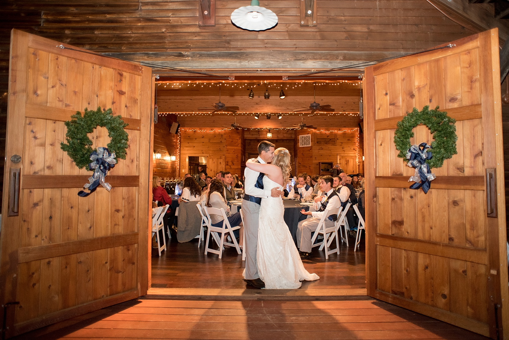 Barn At Valhalla Wedding Photos By Mikkel Paige Photography