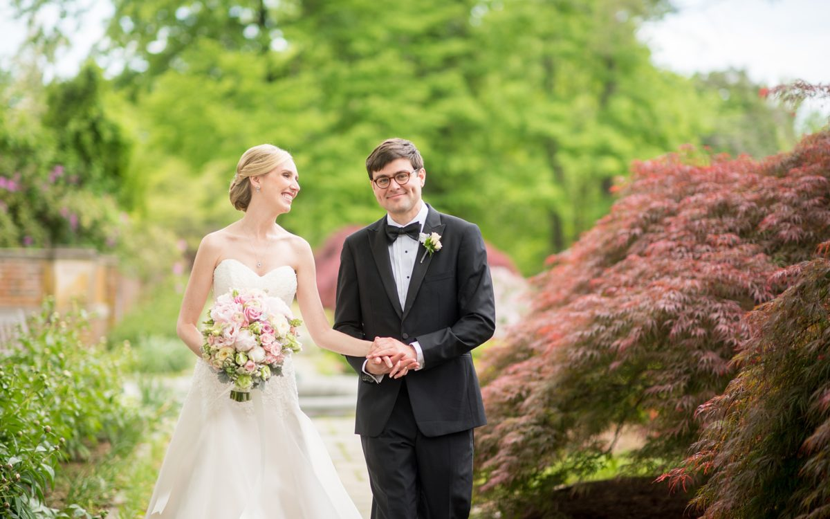 Waveny House Spring Wedding Photos • Sneak Peek: Sarah + Rob