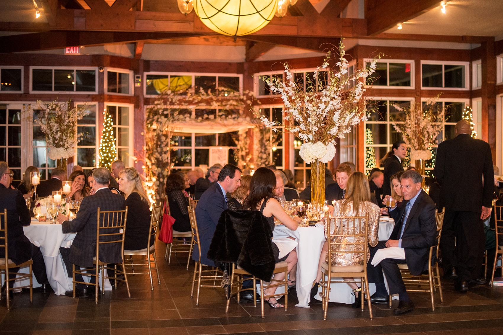 Photos By Mikkel Paige Photography Of A Central Park Wedding Reception At The Loeb Boathouse Venue