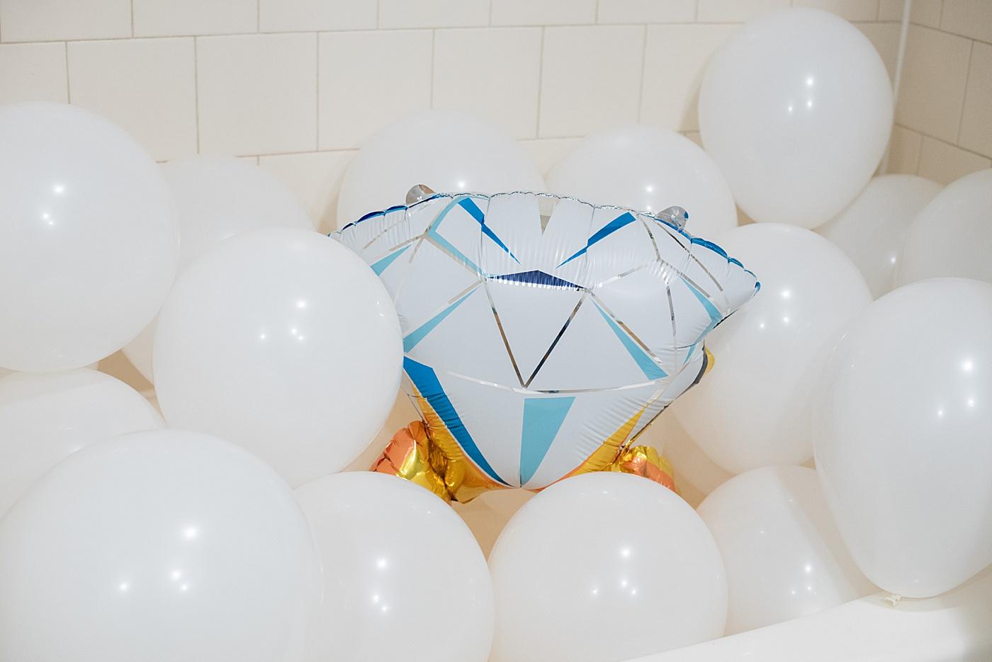 Mikkel Paige Photography, proposal balloons from her husband, Dan. #MikkelPaige #ProposalIdeas