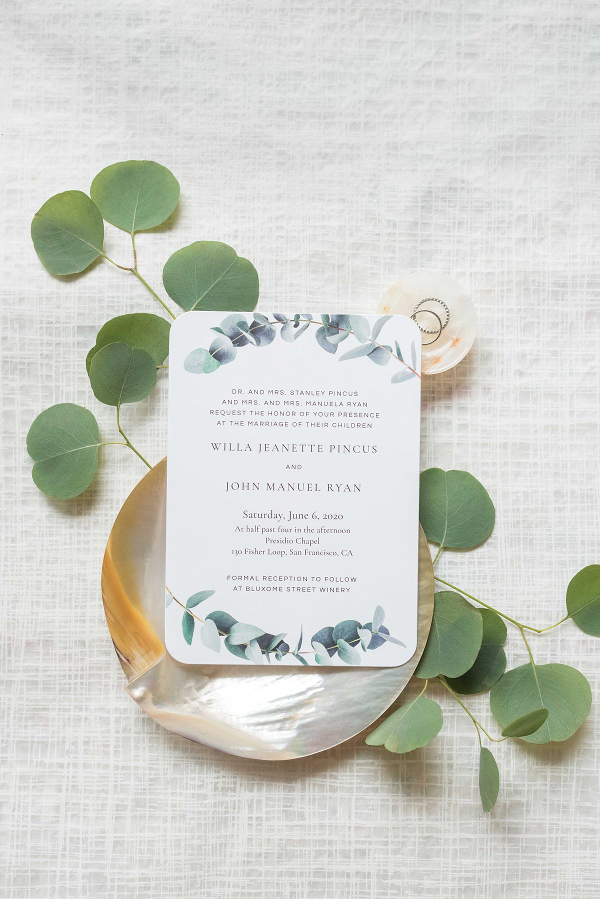 Did you know you can print stationery at Zola Headquarters? We take a look behind the scenes of the wedding website and app HQ in NYC, with Mikkel Paige Photography.