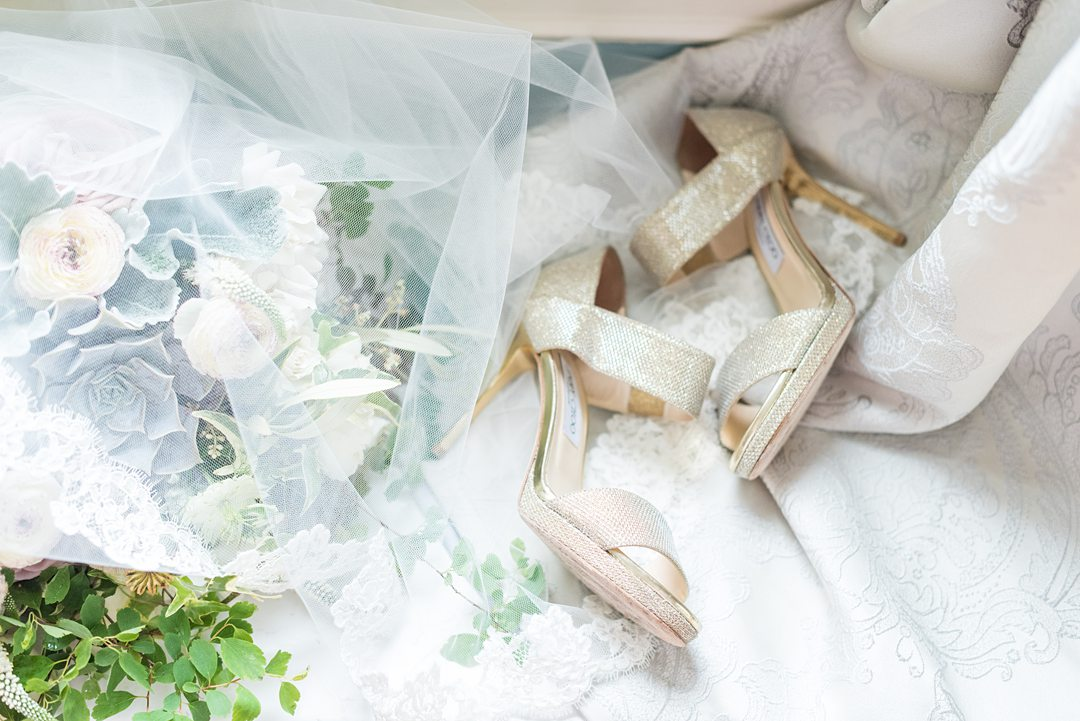Gold wedding shoes for wedding venues in Orlando.